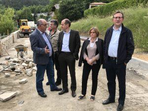 André Viola en visite sur le chantier de la traversée d'Axat