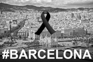 Hommage aux victimes des attentats en Catalogne.
